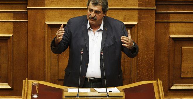 Πολάκης για εσωκομματικούς επικριτές: Δεν μαλώνω ο εχθρός είναι απέναντι