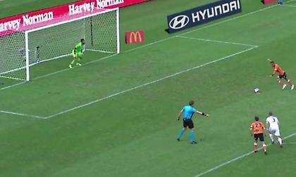 Παίκτης στην Αυστραλία χτύπησε το πιο… υποτιμητικό πέναλτι της χρονιάς! (video)