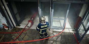 Σκηνές πανικού στο ΑΠΘ από τη φωτιά: Εγκλωβισμοί και αναπνευστικά προβλήματα (video)