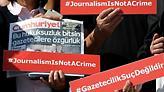 Τουρκία: Στη φυλακή έξι μέλη της αντιπολιτευόμενης εφημερίδας Cumhuriyet