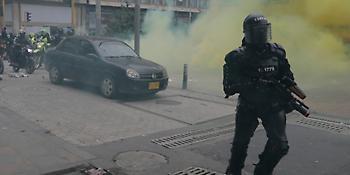 Κολομβία: Επεισόδια και συλλήψεις στη Μπογκοτά σε διαδηλώσεις κατά του προέδρου Ντούκε