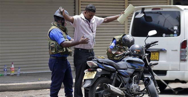 Σρι Λάνκα: Αναζητούνται 140 τζιχαντιστές που συνδέονται με τις επιθέσεις