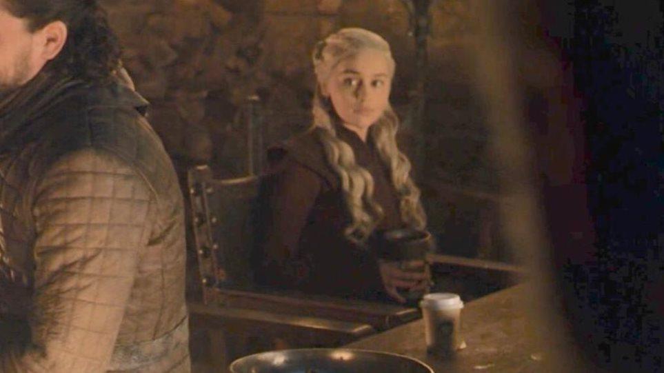 Game of Thrones: Τι απάντησε το HBO για την... επική γκάφα με τον καφέ, μετά τον διαδικτυακό χαμό