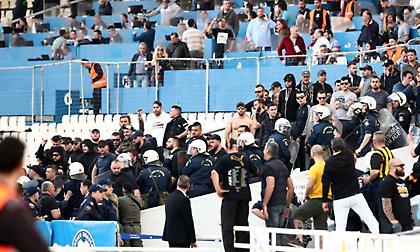 Ένταση με οπαδούς του ΠΑΟΚ και ρεπόρτερ της ΑΕΚ, μεσολάβησαν οι δυνάμεις των ΜΑΤ!