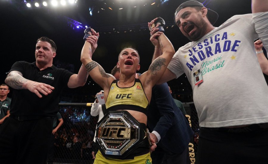 Σοκαριστικό τελείωμα στο χθεσινό UFC – Γλίτωσε σοβαρότατο τραυματισμό η Ναμαγιούνας