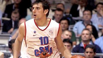Χατζηβρέττας στον ΣΠΟΡ FM: «Να επικρατήσει η ηρεμία και η λογική για το καλό του ελληνικού μπάσκετ»