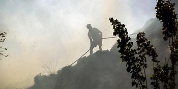 Φωτιά στο Άργος-Σε επιφυλακή ισχυρές δυνάμεις της Πυροσβεστικής