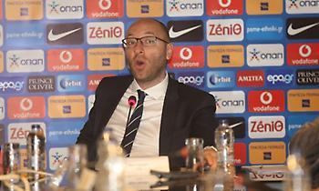 Θέλουν να έχουν φύγει ως τις εκλογές της ΕΠΟ οι FIFA-UEFA