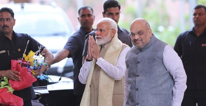 Εκλογές στην Ινδία: Προβάδισμα για το κόμμα του Μόντι στα πρώτα αποτελέσματα
