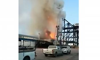 Ταϊλάνδη: Φωτιά σε πλοίο με χημικά - Στο νοσοκομείο 130 άνθρωποι