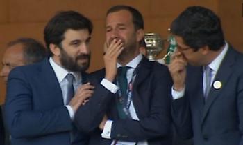 Δάκρυσε ο πρόεδρος της Σπόρτινγκ Λισσαβόνας για την κούπα! (pics)