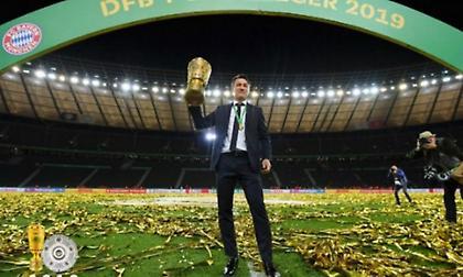 Ρουμενίγκε: «Ο προπονητής έχει συμβόλαιο»