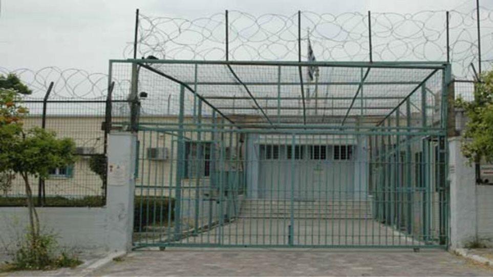 Άγριο ξύλο για την αρχηγία στις φυλακές Βόλου