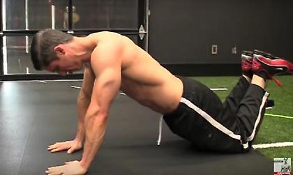 Επτά εκρηκτικές ασκήσεις για όλο το σώμα που γίνονται παντού (vid)