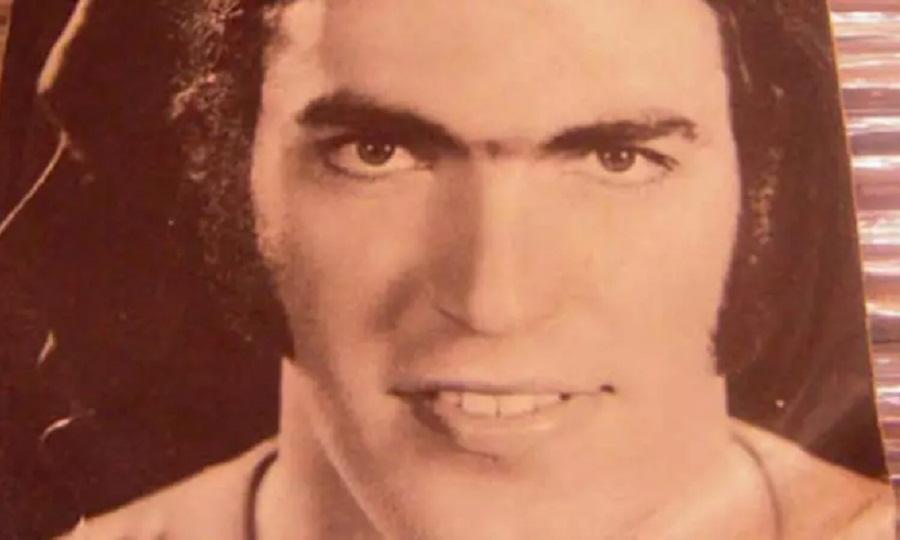 Κουίζ: Μπορείς να αναγνωρίσεις 10 Έλληνες πολιτικούς από μια φωτό τους σε νεαρή ηλικία;