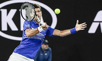 Αεράτος Τζόκοβιτς στα ημιτελικά του Roland Garros