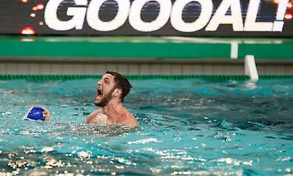 Το «χρυσό» γκολ που έστειλε τον Ολυμπιακό στον τελικό του Champions League