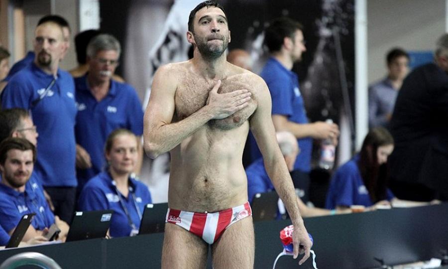 Υπόκλιση και αντίο Ολυμπιακού στον Πάβιτς