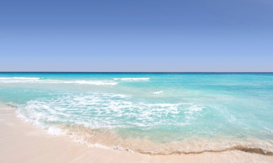 Είναι δίπλα σου: 3 παραλίες της Αττικής που θυμίζουν νησιά του Ιονίου (pics)