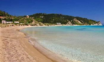 Μια παραλία μόνος σου: Το νησί με τις ερημικές παραλίες που δεν συναντάς ψυχή (pics)