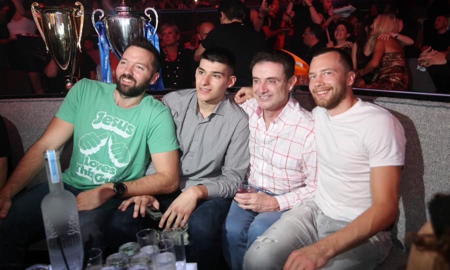 Το γλέντι του Παναθηναϊκού μέσα από την κάμερα του sport-fm.gr (pics&vids)