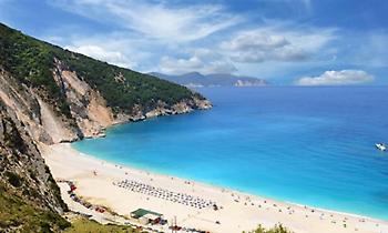 Εγκώμιο της Telegraph για την Ελλάδα: «Ιδανικός προορισμός για οικογένειες»
