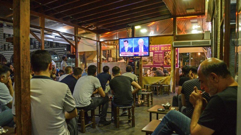 Εκλογές - Κωνσταντινούπολη: Ένταση και σφοδρά φραστικά πυρά στο ντιμπέιτ Γιλντιρίμ-Ιμάμογλου