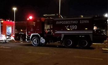 Μεγάλη πυρκαγιά σε βιοτεχνία επίπλων στον Κορυδαλλό
