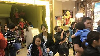 Σεισμός στην Κίνα: 13 νεκροί και ζημιές σε πάνω από 20.000 σπίτια από τα 6 Ρίχτερ