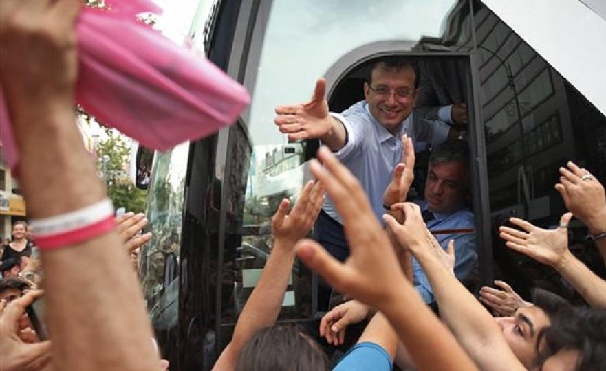 Προβάδισμα Ιμάμογλου για Κωνσταντινούπολη - Απειλεί με δικαστήρια ο Ερντογάν
