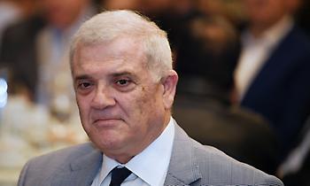 Κινείται νομικά κατά Χούμπελ ο Μελισσανίδης
