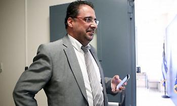 Παραιτήθηκε και ζητά διάλυση της ΕΣΑΠ ο Αλεξίου