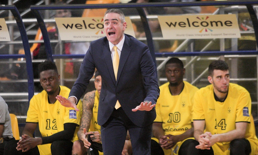 Ψάχνει προπονητή ο Άρης μετά το «όχι» του Καστρίτη!
