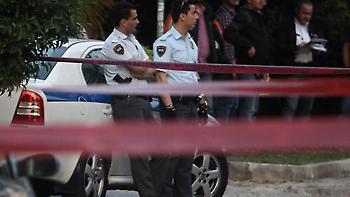 Ένας 16χρονος στη Μυτιλήνη παρέσυρε και τραυμάτισε δύο αστυνομικούς