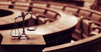 Απειλές και εκβιασμούς κατήγγειλε κατηγορούμενος στη δίκη της ΧΑ