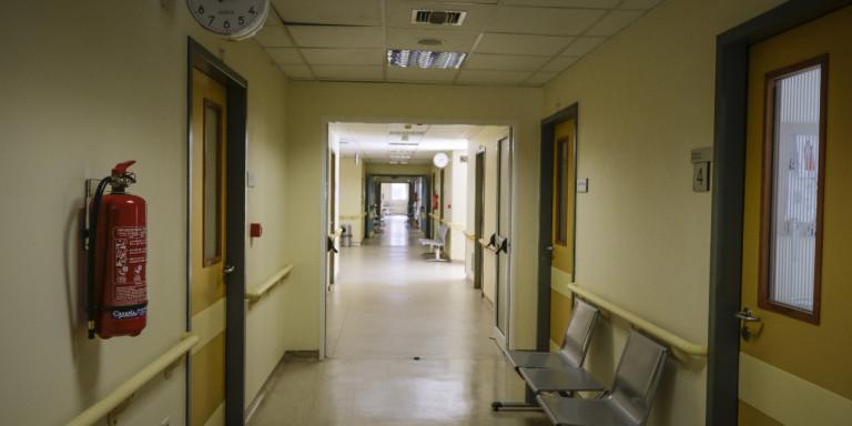 Αγρίνιο: Ανδρας ξυλοκόπησε άγρια γιατρό που θα εξέταζε την έγκυο σύζυγό του