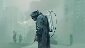 Η τρομακτική πραγματικότητα του Chernobyl δίπλα στις εικόνες της σειράς