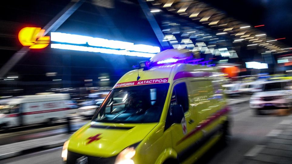 Ρωσία: Δύο νεκροί και 19 τραυματίες μετά την αναγκαστική προσγείωση επιβατικού αεροσκάφους