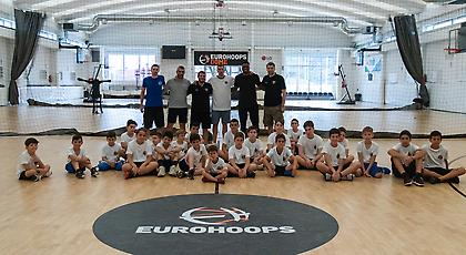 Eurohoops Summer Camp: Επίσκεψη έκπληξη από τον Θανάση Αντετοκούνμπο! (video)