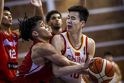 Σεφτέ και τρίτη θέση για την Κίνα με τριπλ-νταμπλ ο Γκουό