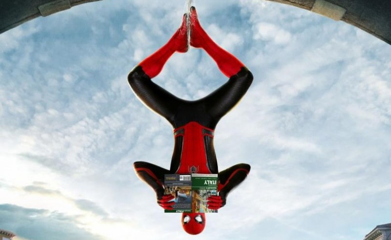 O Spider-Man κάνει ένα μακρινό ταξίδι