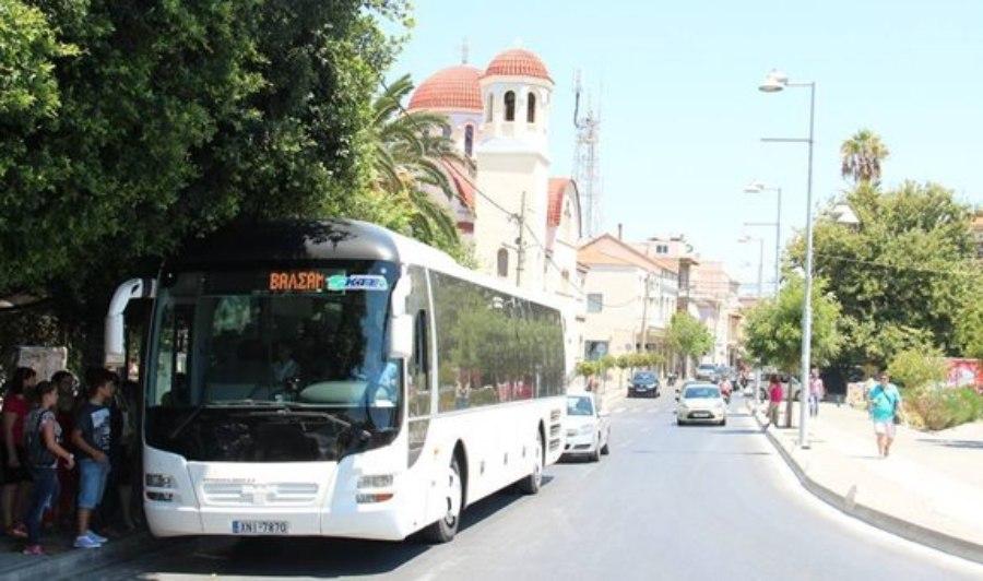 Ρέθυμνο: Εισπράκτορας κατέβασε από το λεωφορείο 15χρονο για 0,10 λεπτά