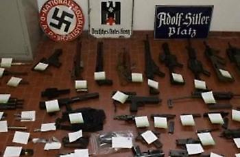 «Οπλοστάσιο» και ναζιστικά σύμβολα σε σύνδεσμο οπαδών της Γιουβέντους