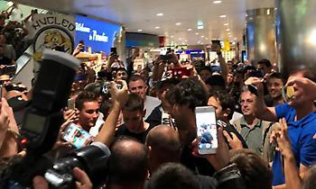 Έφτασε στην Μπολόνια και αποθεώθηκε ο Τεόντοσιτς (pics&vids)