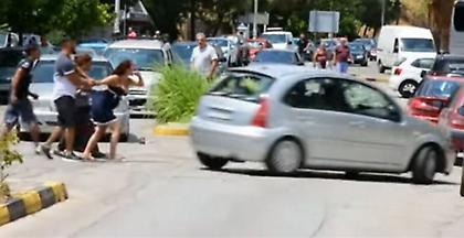 Αιματηρή συμπλοκή με τραυματίες στο Ναύπλιο (video)