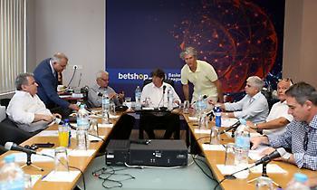 Γαλατσόπουλος: «Καμία σχέση με την πραγματικότητα τα περί διάλυσης του πρωταθλήματος»