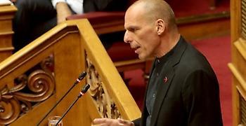 Βαρουφάκης στη Βουλή: Θεάματα χωρίς άρτο και καταστολή αντί για ανάκαμψη