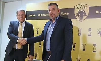 Πετρίδης: «Παίκτες τύπου… Ματσιούλις και Σαντ-Ρος κοιτάει η ΑΕΚ»