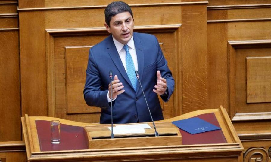 Αυγενάκης: «Να προχωρήσουν χωρίς καθυστερήσεις τα γήπεδα Παναθηναϊκού, ΑΕΚ και ΠΑΟΚ»