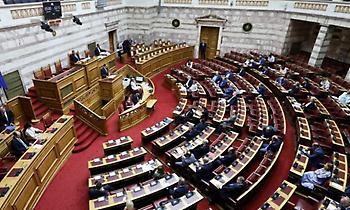 Βουλή: Ψήφος εμπιστοσύνης στην κυβέρνηση με 158 «ναι»
